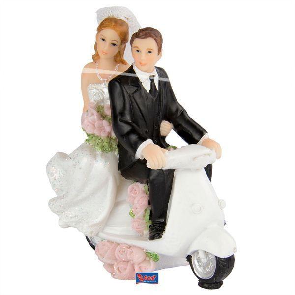 Hochzeitsfiguren auf Scooter